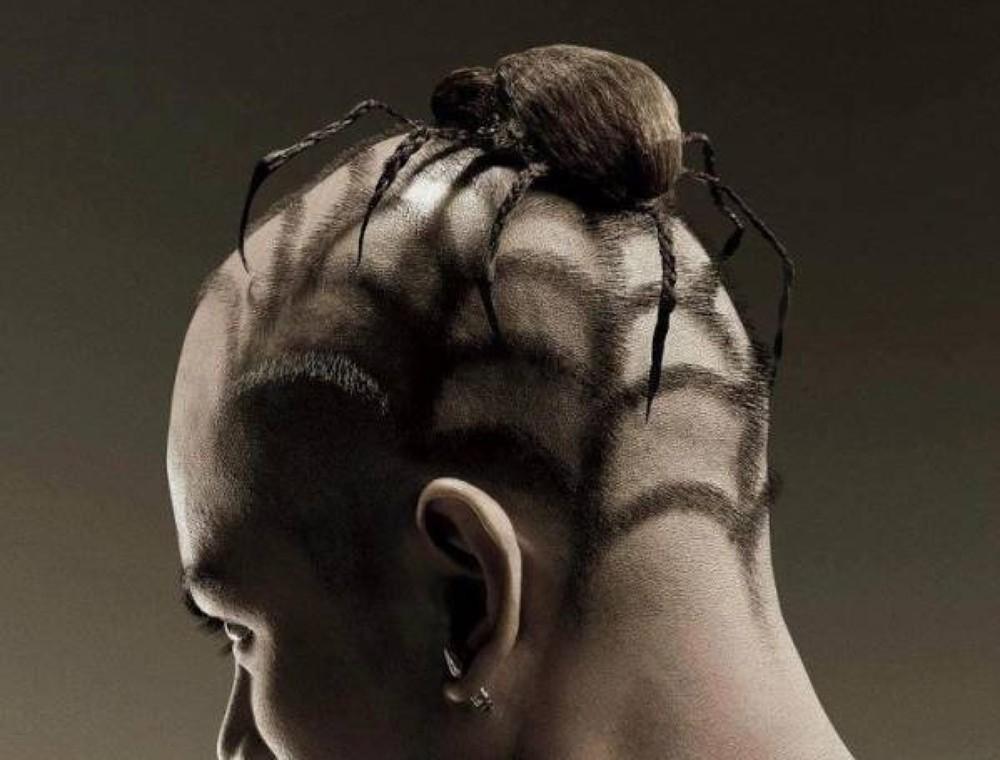 Экстравагантный  стиль в причёске